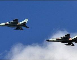 Trung Quốc: Phái chiến đấu cơ để theo dõi máy bay Mỹ, Nhật