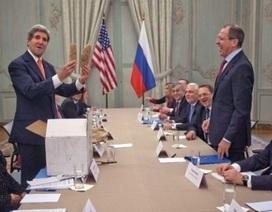 Ngoại trưởng Mỹ tặng Ngoại trưởng Nga 2 củ khoai tây