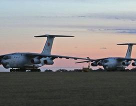 Trung Quốc phái thêm chiến đấu cơ truy tìm máy bay mất tích