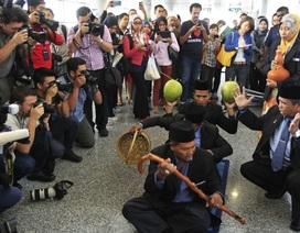 Trung Quốc chế nhạo Malaysia dùng pháp sư tìm máy bay mất tích