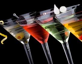 Khác biệt Nga - Mỹ: Giá như vodka pha lẫn được với whiskey!