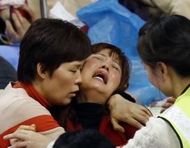 Thảm họa đắm phà Hàn Quốc: Số người chết đã vượt 100