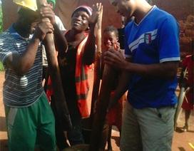 """Xuất khẩu lao động sang Angola: """"Đem con bỏ chợ"""""""