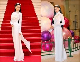 Trương Thị May dịu dàng với áo dài trắng đi chúc mừng thầy cô