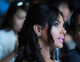 """Hoa hậu thế giới 2011: """"Tôi yêu nụ cười Việt Nam"""""""