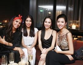 Top 3 Hoa khôi áo dài rạng rỡ bên Hoa hậu thế giới sau chung kết