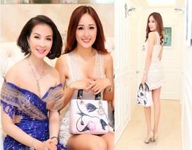 """Hoa hậu Mai Phương Thúy khoe sắc bên """"MC không tuổi"""" Thanh Mai"""