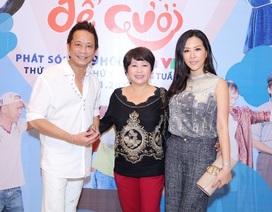 Hoa hậu Thu Hoài khoe nhan sắc ngày càng trẻ đẹp