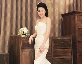 Cận cảnh chiếc váy cưới lung linh của cô dâu Lê Khánh