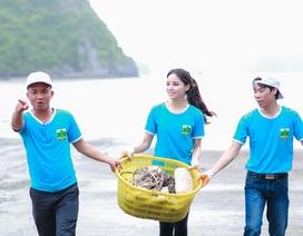 Hoa hậu Kỳ Duyên dọn dẹp rác trên biển