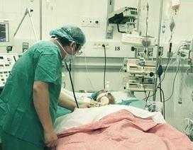 Ca ghép tim phổi vượt hơn 1.000km: Những nỗ lực không ngừng nghỉ trong phòng mổ