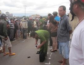 Giao thông hỗn loạn vì xe bồn tông chết người