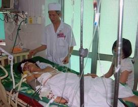 Cứu sống bệnh nhân bị đâm thấu ngực, phổi
