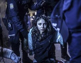Nhìn lại một năm qua những bức ảnh đoạt giải Ảnh Báo chí Thế giới