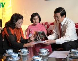 Chủ tịch nước Trương Tấn Sang chúc Tết các nhân sỹ, nghệ sỹ TPHCM