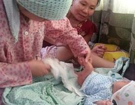 Vụ 5 bé sơ sinh bị rơi từ xe đẩy: Các bé đã được về với mẹ