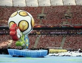 Lễ khai mạc Euro 2012 đầy màu sắc tại Warsaw