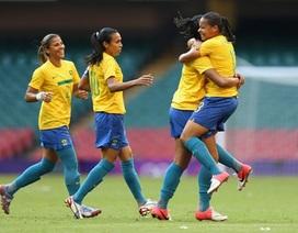 Brazil thắng đậm Cameroon, Mỹ đánh bại Pháp