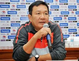 HLV Hoàng Văn Phúc trình VFF duyệt hai cầu thủ Việt kiều