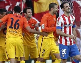 Barcelona hạ gục Atletico trong ngày lên ngôi vô địch La Liga