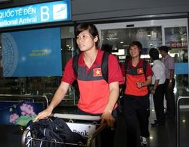 Đội tuyển nữ Việt Nam được đón tiếp nồng nhiệt ngày về nước