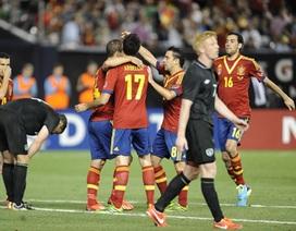 """""""Kép phụ"""" tỏa sáng, Tây Ban Nha dễ dàng đánh bại Ailen"""