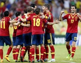 """Tây Ban Nha đánh bại Uruguay trong trận """"chung kết"""" bảng B"""