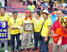 Sân Hàng Đẫy mở hội chào tân vô địch Hà Nội T&T