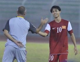 HLV Guillame Graechen chưa hài lòng dù U19 Việt Nam thắng đậm