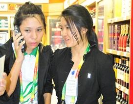 """""""Choáng"""" với giá sim điện thoại tại nước chủ nhà SEA Games"""