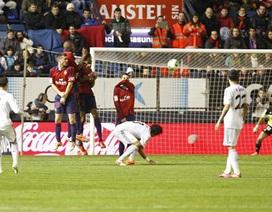 C. Ronaldo ghi bàn khá hài hước, Real Madrid tiến vào tứ kết