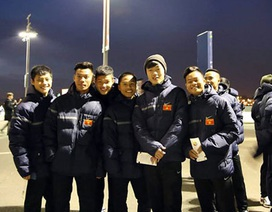 U19 Việt Nam nô nức đi xem trận Anh - Đan Mạch