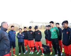 """HLV Graechen: """"U19 Việt Nam chưa tiến bộ nhiều"""""""