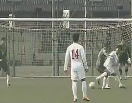 U19 Việt Nam đánh bại đội bóng của HLV Frank Rijkaard