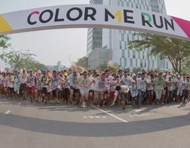 Sôi động sự kiện thể thao chạy bộ Color Me Run