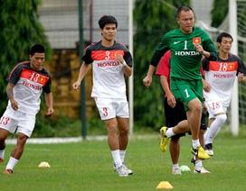 Chuyện HLV trưởng của bóng đá Việt Nam: Có bột mới gột nên hồ!