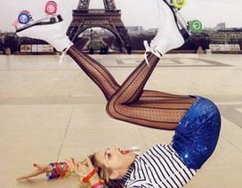 Anja Rubik và Natasha Poly khoe chân dài trên Vogue