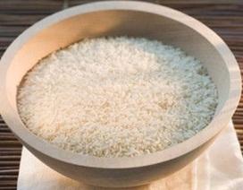 Cô hàng gạo