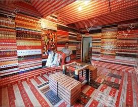 Chùm ảnh: Bộ sưu tập 30.000 vỏ bao thuốc lá