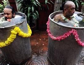 Ảnh nghi lễ cầu mưa có một không hai ở Ấn Độ