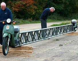 Chiếc xe máy dài… 14 mét