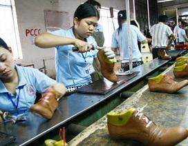 Lương ngành hàng không cao gấp 10 lần ngành da giày