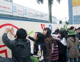 Sinh viên thủ đô vẽ bức tranh khổng lồ về Hà Nội