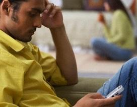 Tai hại vì đọc trộm tin nhắn