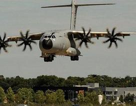 Ngắm các phi cơ tối tân tại triển lãm hàng không Farnborough