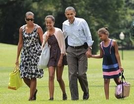 Tổng thống Obama muốn con gái làm người trông trẻ