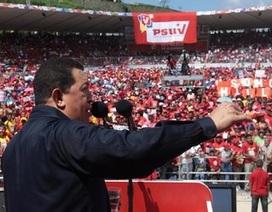 Venezuela dọa cắt nguồn xuất khẩu dầu mỏ sang Mỹ