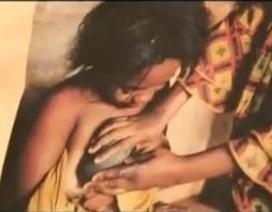"""Hủ tục """"là ngực"""" đau lòng ở Cameroon"""