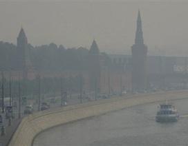 Mátxcơva phủ mờ trong khói bụi