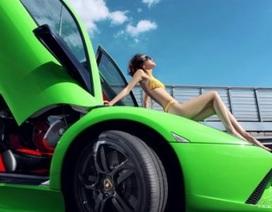 Người đẹp khoe dáng bên siêu xe Lamborghini